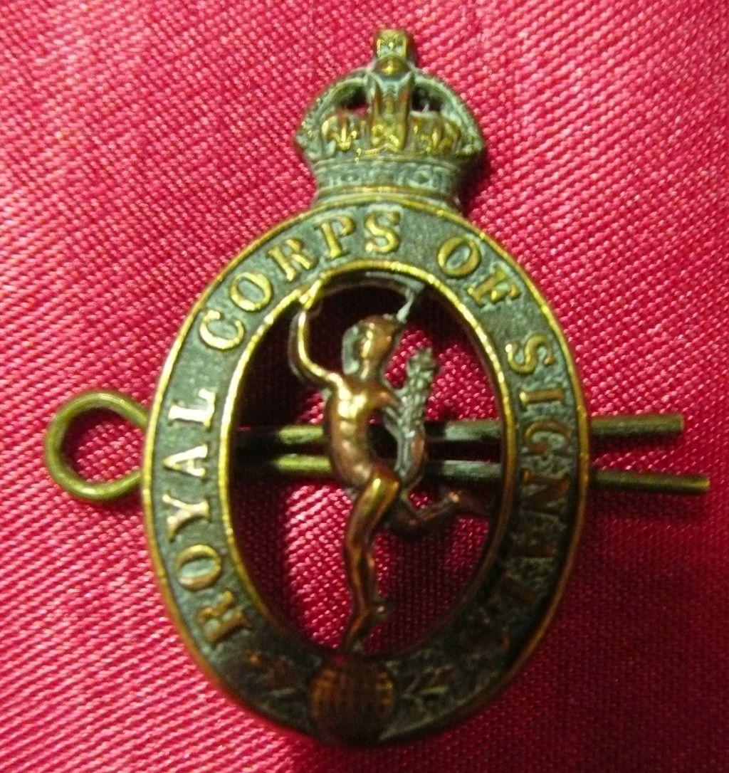 WW1 British Army Badge - Royal Corps of Signals