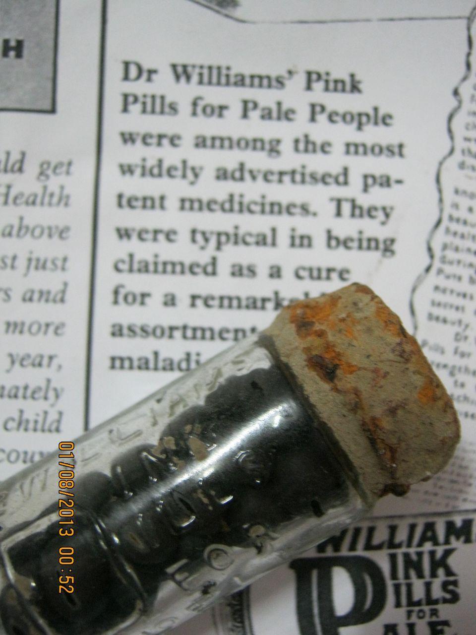 Dr. Williams Pink Pills For Pale People - Original Full Vial - Circa 1900