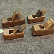 Set of 4 Antique Miniature Wood Planes Hand Held Wood Working Tools