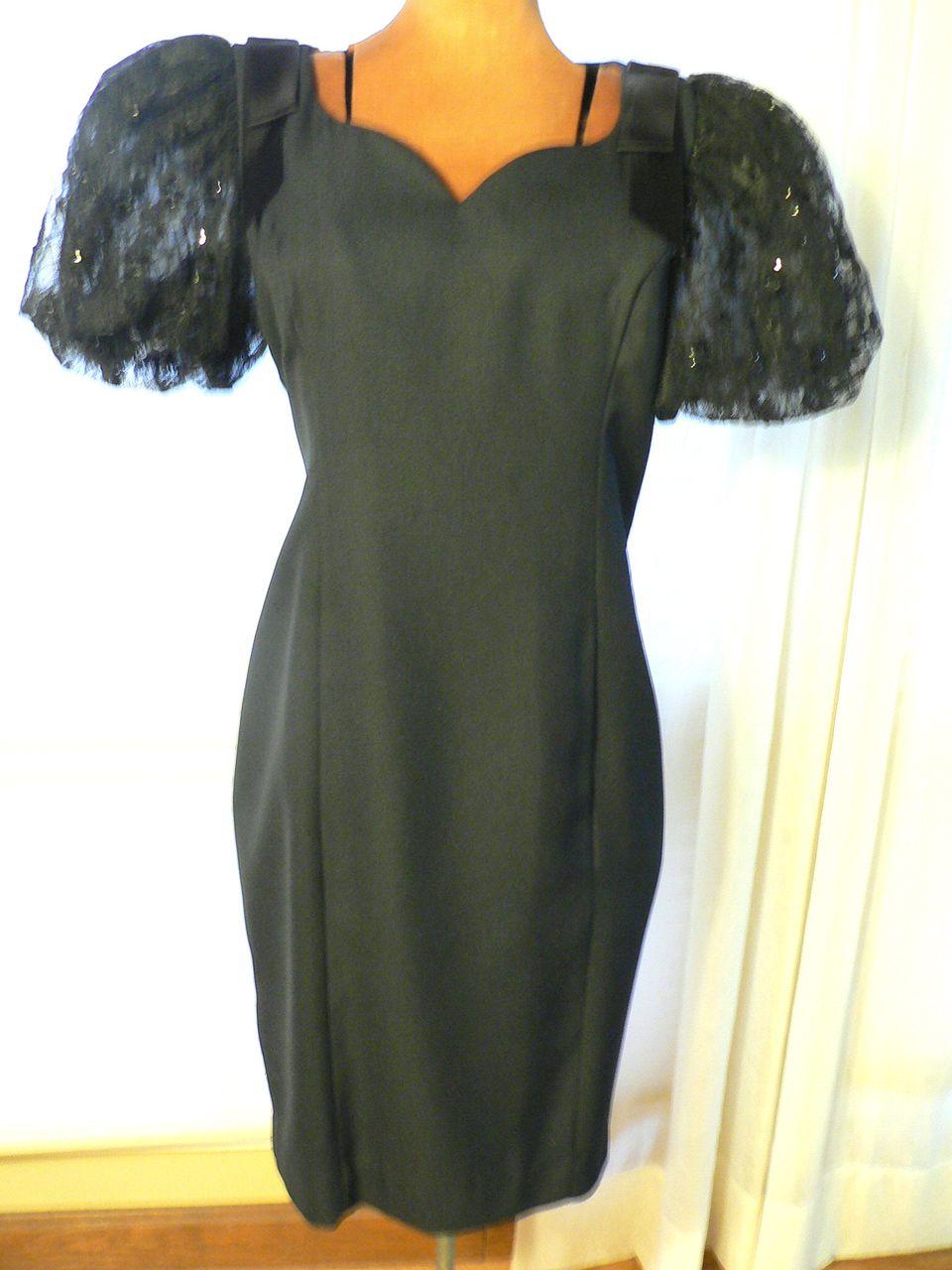 1980s Jessica Howard Sequin Sleeved Black Wiggle Cocktail Dress Sz 6