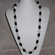 Black Onyx/White Jade Necklace – 32""