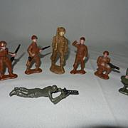 Vintage Bergen Toy Soldiers