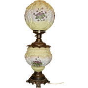 Vintage Gone With The Wind Pale Yellow Grapes and Wildflower Lamp
