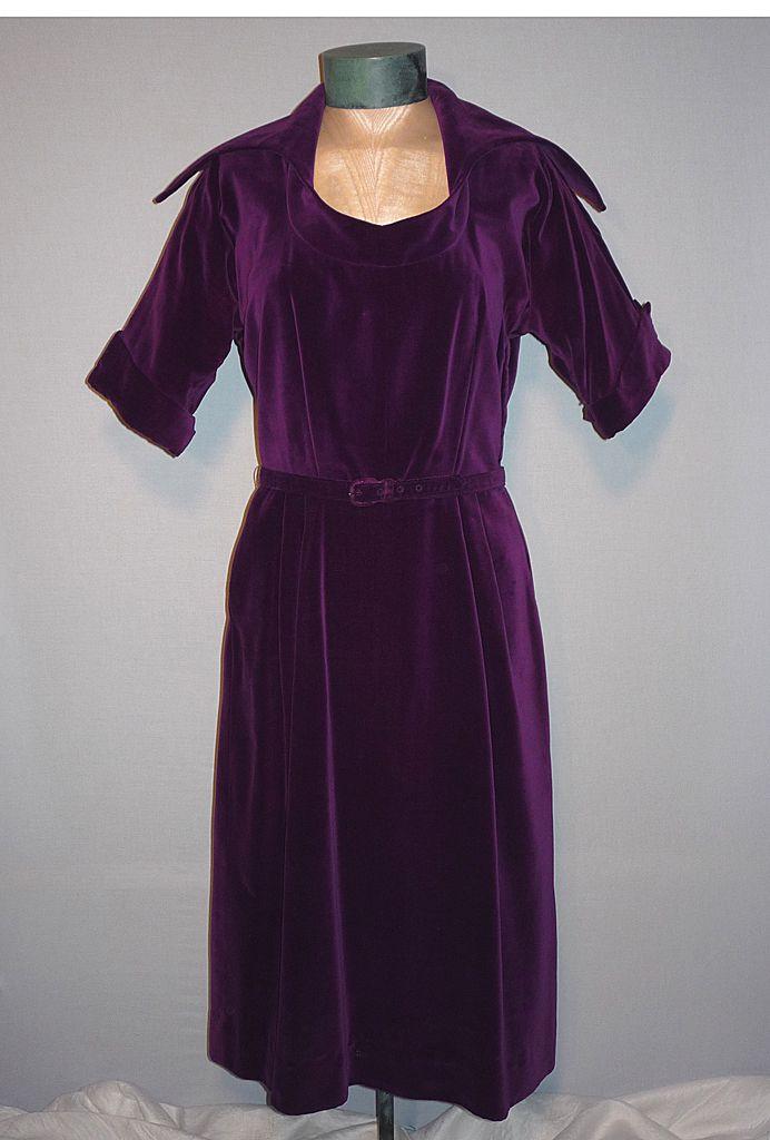 Vintage 1950s Michael Kent Printzess Fashion Purple Velvet Cocktail Dress
