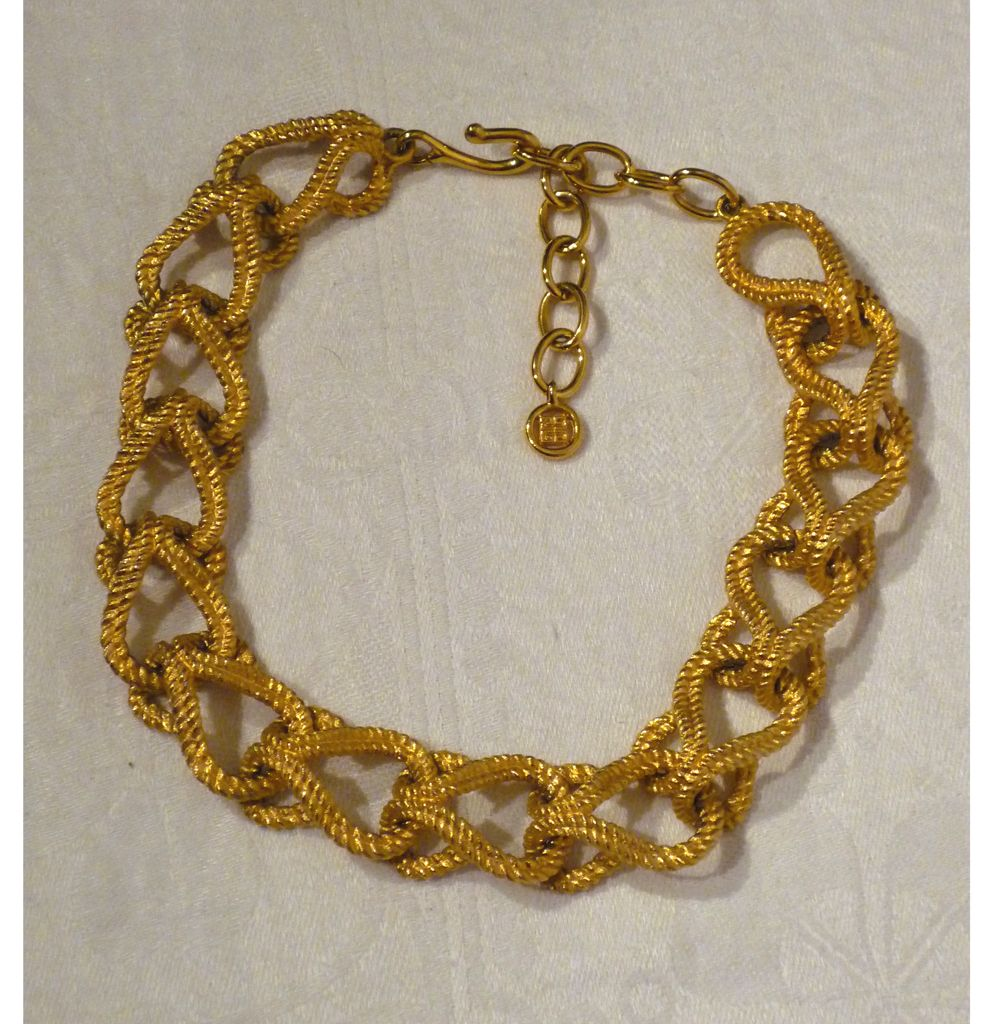 1970s -1980s  Givenchy Goldtone Rope Link Choker