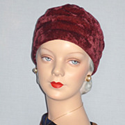 Vintage 1960s Betmar Crushed Velvet Turban Style Hat