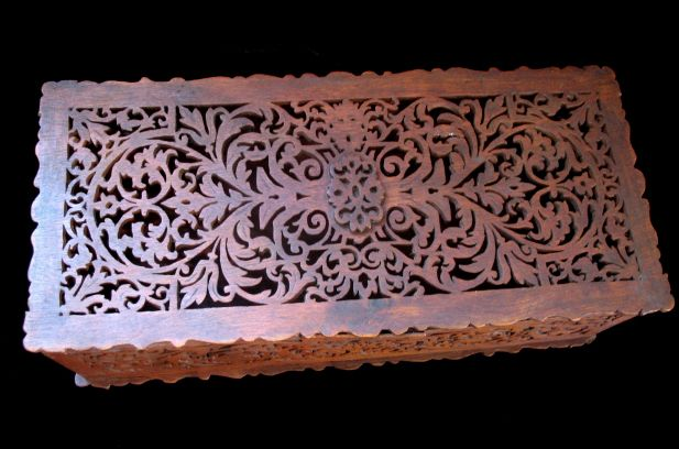 Antique VICTORIAN Black Forest Box 19th C Century ORNATE Wood Carving STUNNING