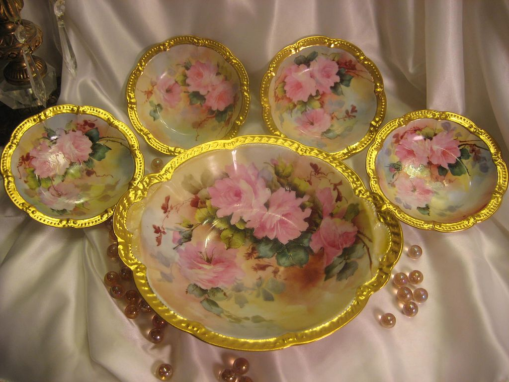 """WHITE and PINK ROSES"" LIMOGES MASTERPIECE Antique Hand Painted Master Berry Bowl Set Signed by BLANCHE LENZI Norristown PA Respected Talented Favorite of All Victorian Roses Artists Original Handpainted Floral Artwork on French Porcelain Circa 1896"