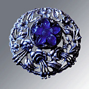 Delicate Poured Glass & Silver Toned Brooch