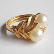 Vintage Avon Faux Pearl Ring