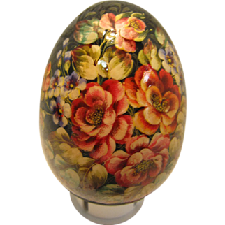 REDUCED Russian Lacquer Egg adorned with flowers