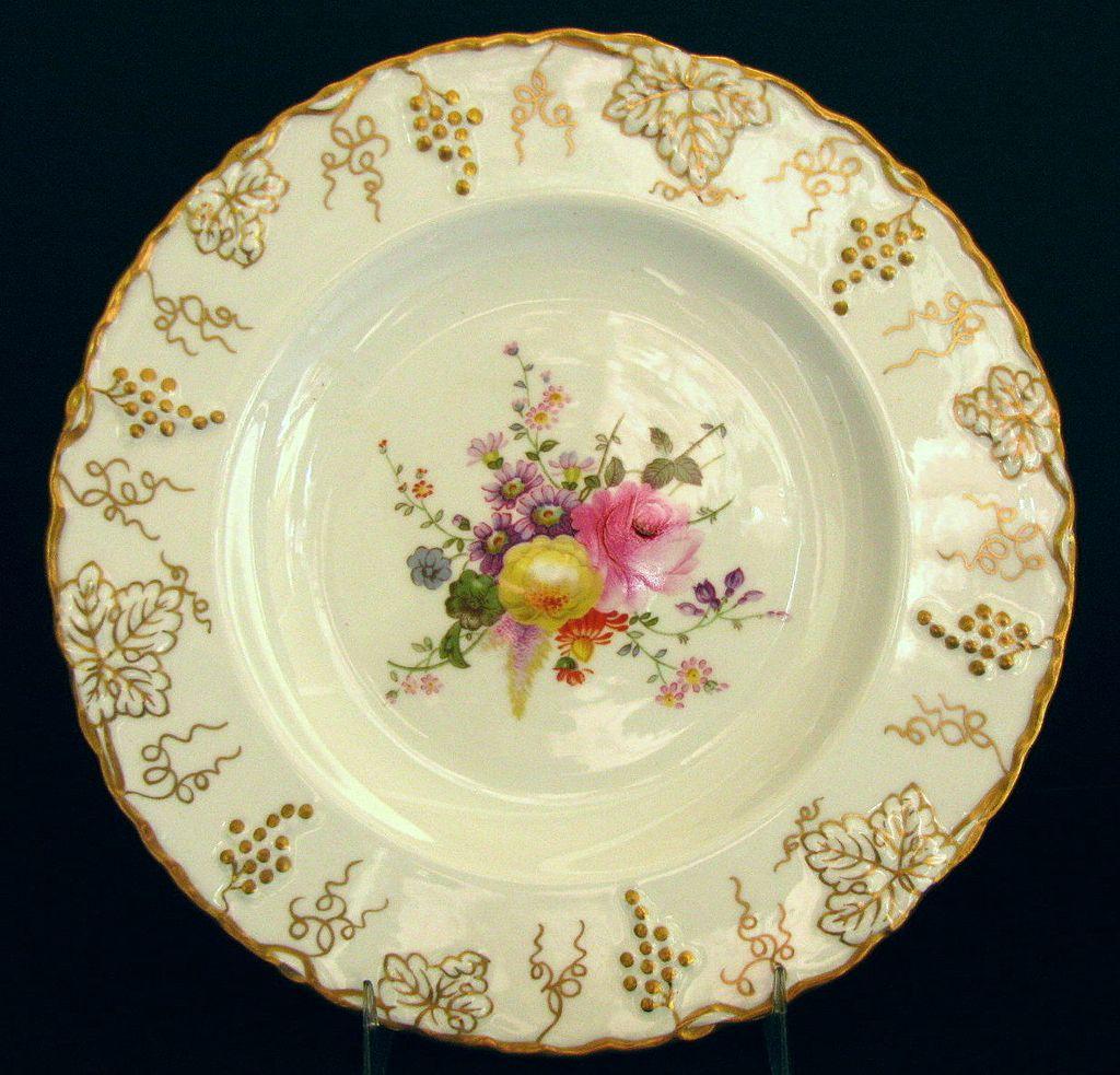 "Royal Crown Derby ""Vine"" Salad Plate, Posy Center, A929, Vintage English"