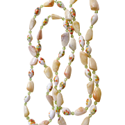 Vintage Handpainted Bead/Shell Necklace