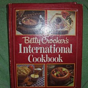 Book - Betty Crocker's International Cook Book