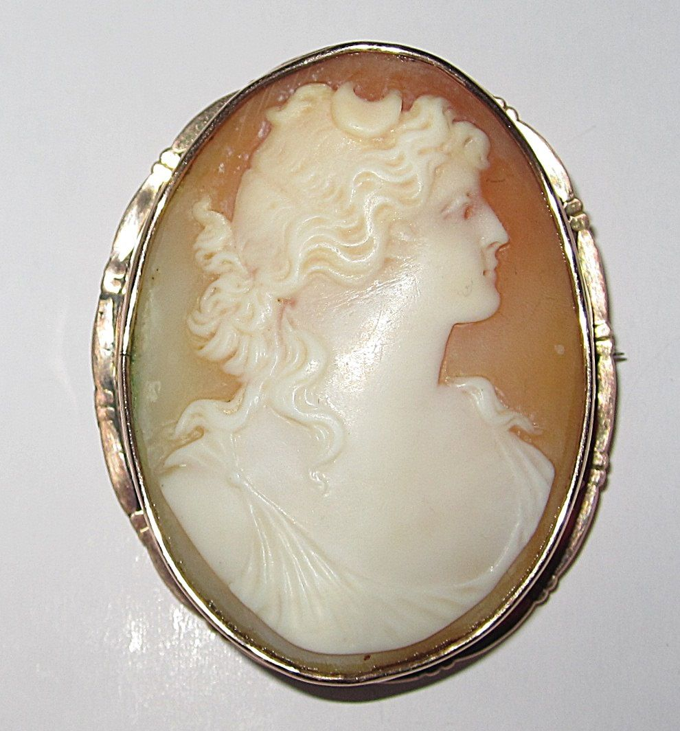 Large Carved Cameo of Diana
