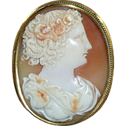 Gorgeous Woman Fine Victorian Gold Cameo Brooch