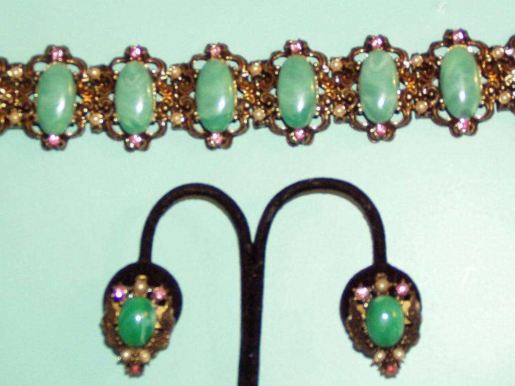 Vintage Green Pink Chunky Bracelet Earrings Set