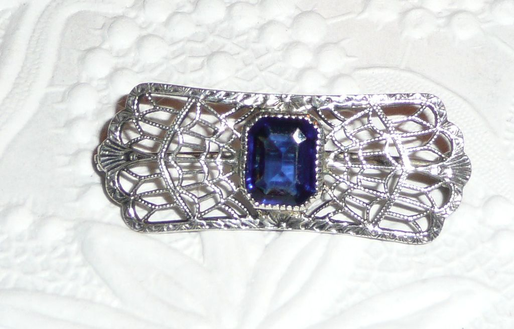 Vintage Filigree Pin Sterling Blue Stone