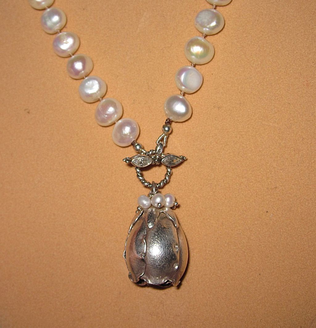 Pretty Fresh Water Pearls Necklace