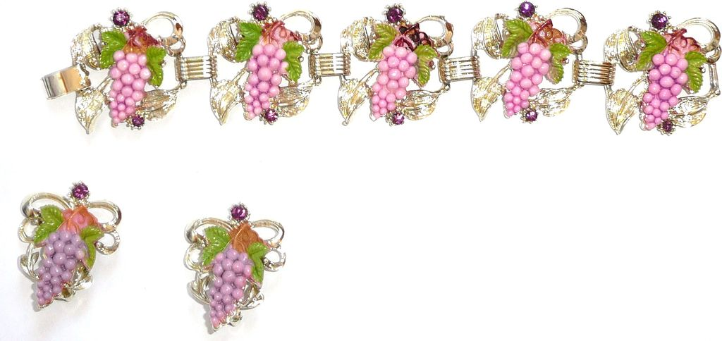 Vintage Bracelet  and Earrings Grapes Pink and Purple