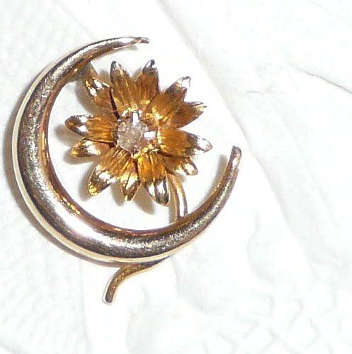 Victorian 14k Gold Stickpin Crescent Moon with Diamond