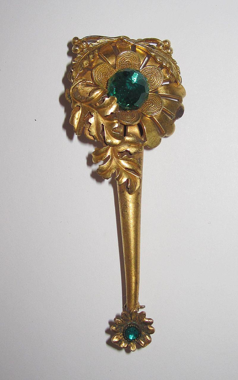 Victorian Gilt Tussie Mussie Pin Very Pretty