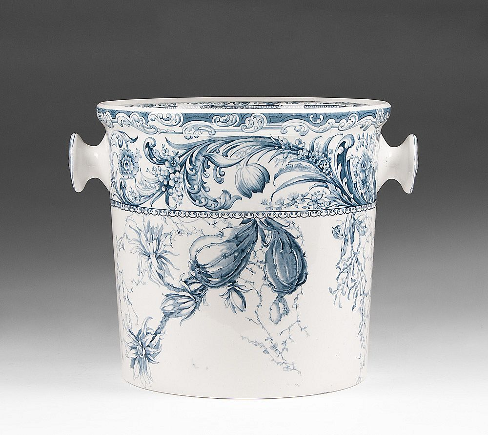 Doulton Burslem Slop Jar or Chamber Pot With Lid, Russell