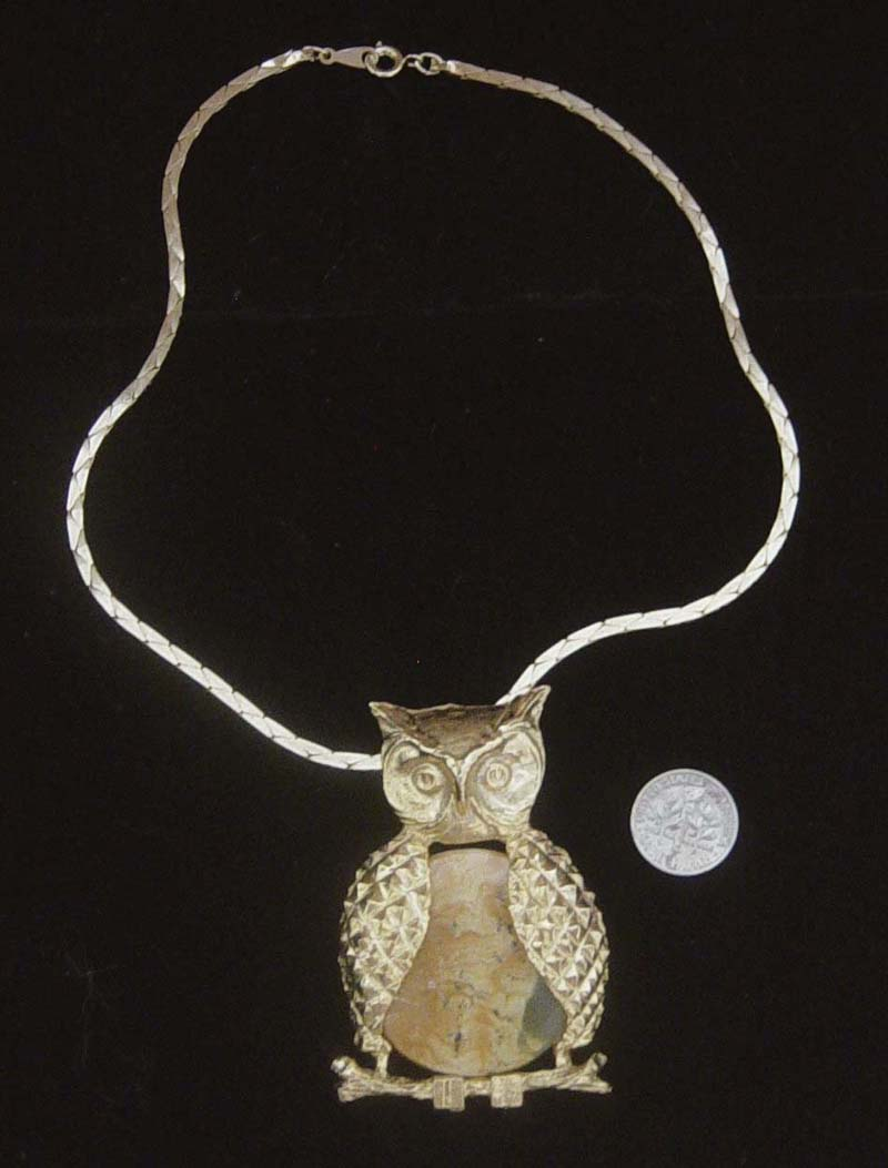 Huge Vintage Owl Pendant Necklace: Jelly Belly