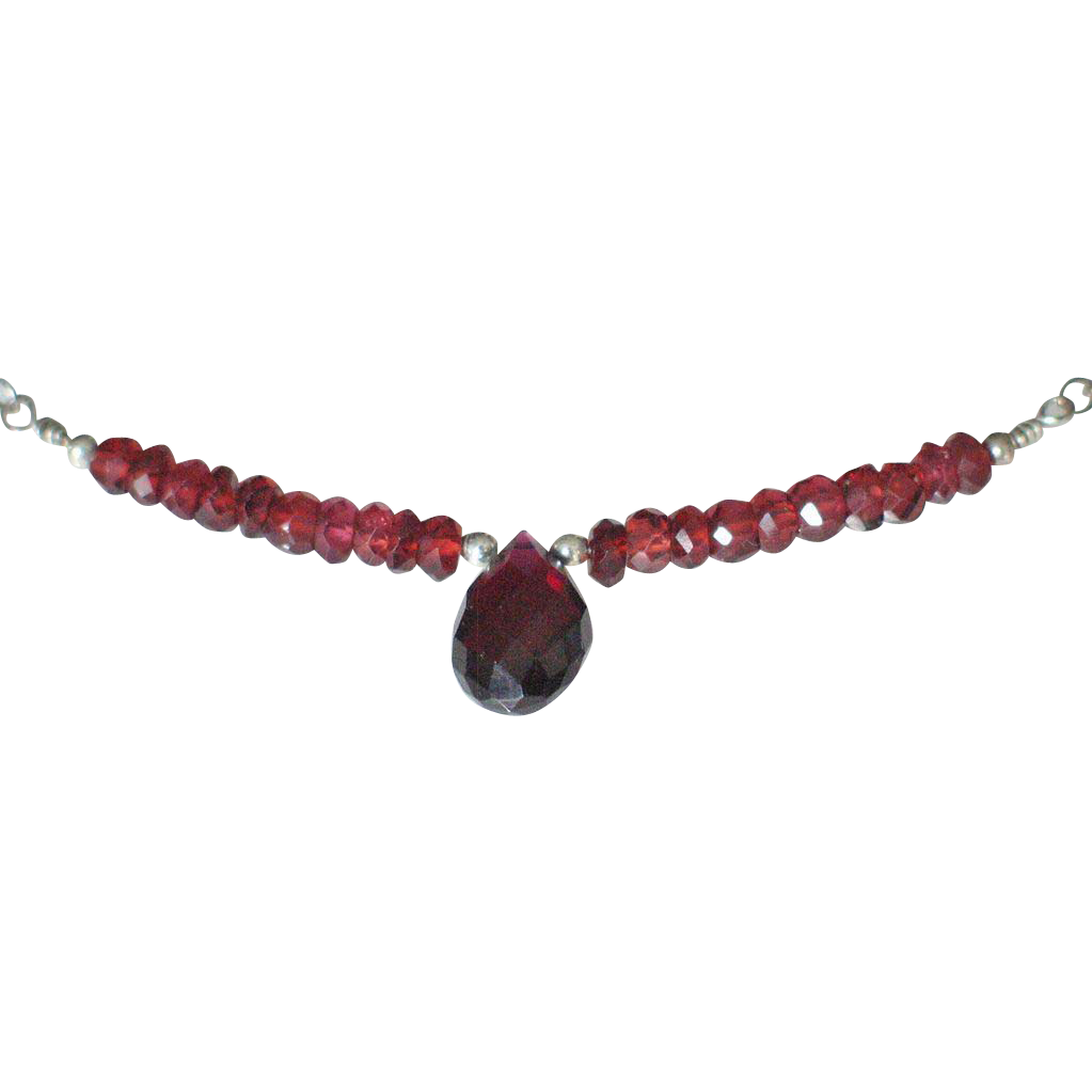 Orissa Garnet Necklace by Pilula Jula 'The Reflex'