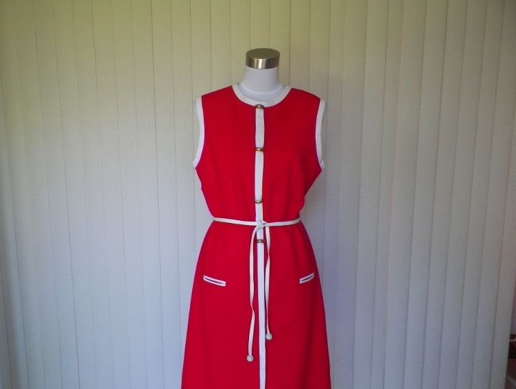 1960s Red & White Polyester Tunic Dress