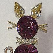 Doods Cat Kitty Amethyst & Light Yellow Rhinestone Pin Brooch Goldtone