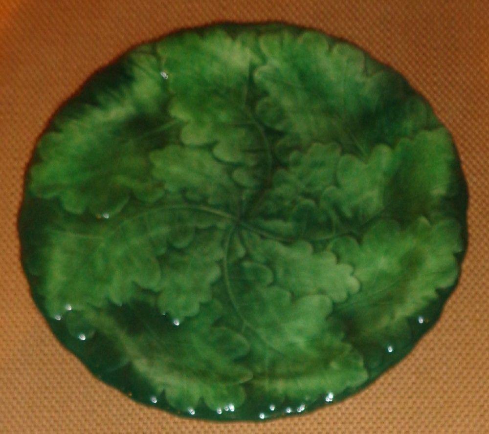 """Vietri """" Foglia """" Pattern - Green Leaf Salad Plate - 8"""""""