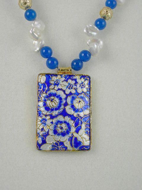 Royal Blue And White Cloisonne Featured Necklace And Earring Set