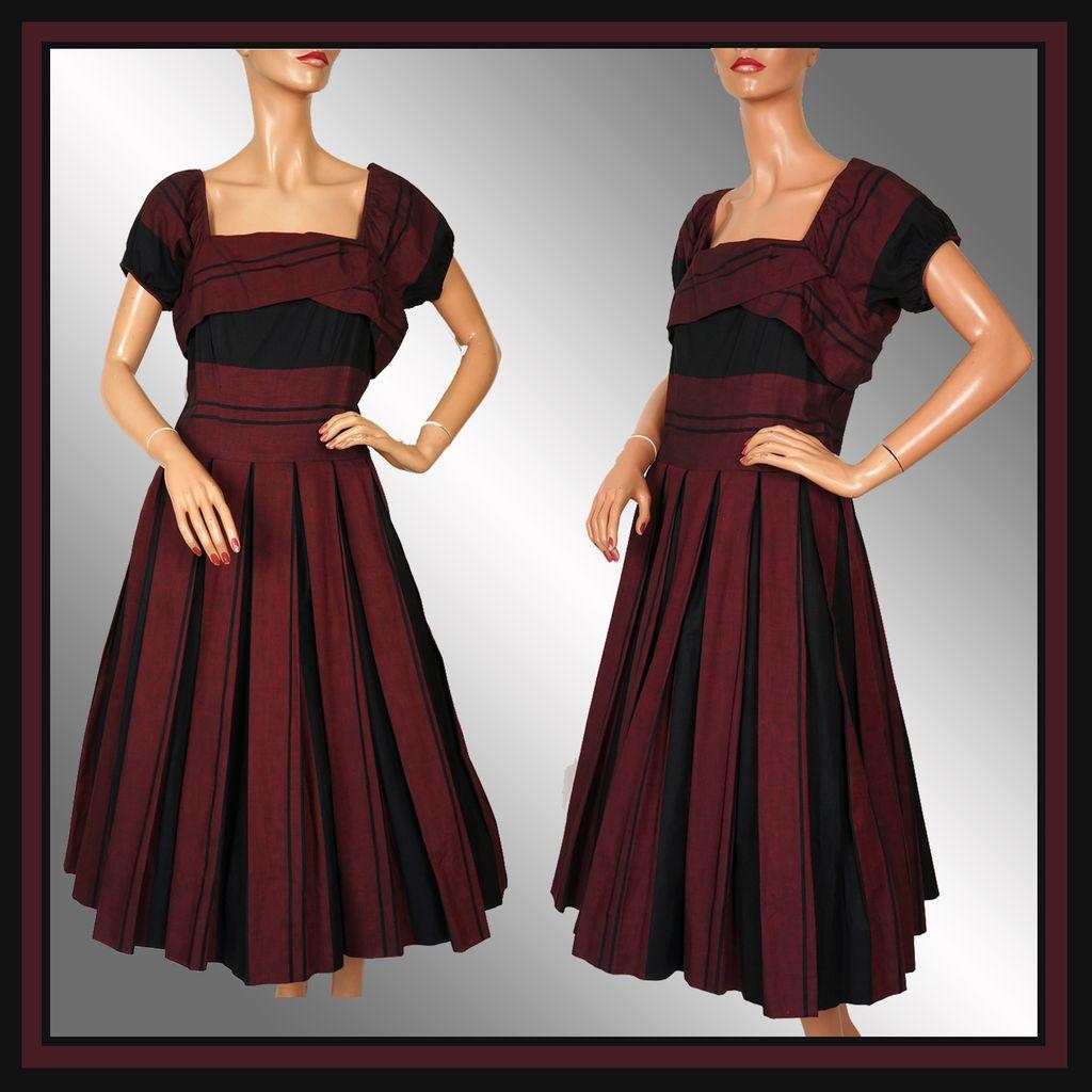 Vintage 50s Maroon & Black Dress // 1950s Horizontal Pleated Circle Skirt Ladies Size Medium