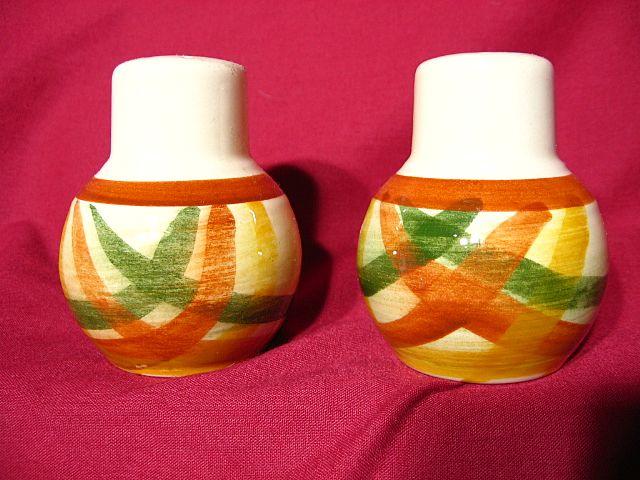 Vernon Kilns Homespun Salt & Pepper Shaker Set