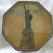 Loose Wiles & Co. Advertising Tin with American Patriotic Theme