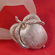 """ADAMS DELIGHT"" ~ Sarah Coventry Silver Plate APPLE Pendant/Brooch/Pin"