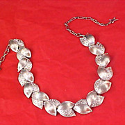 Impeccable Signed STAR Silver Plate Link Necklace