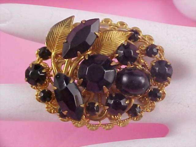 Magnificent Jet Black Glass Faceted Rhinestones & Gilt Gold Filigree Brooch