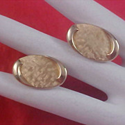 SWANK - 1950's Textured & Polished Gold Pate Bullet Cuff Links