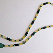 Vintage Art Deco Flapper Celluloid Necklace Lariat Green Cream Red