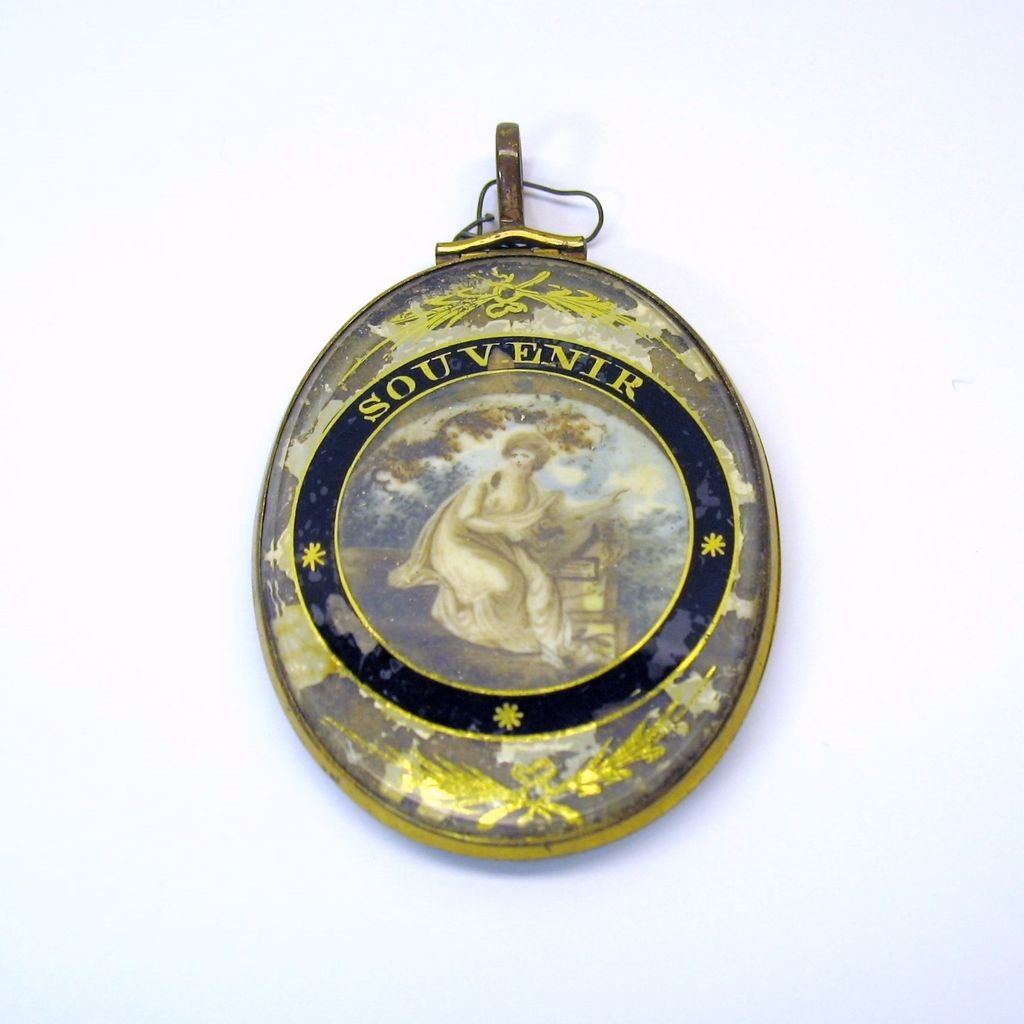 Late 18th Century large Memorial locket with 2 portraits