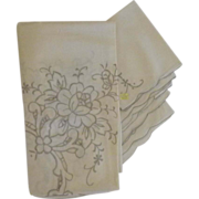 Elegant Embroidery Cotton Cutwork Table Cloth and Cloth Napkins