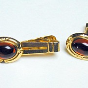 1950s Cuff Link and Tie Clip Set - in Red!!