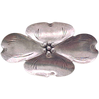 07 - Nye Sterling Silver Dogwood Pin