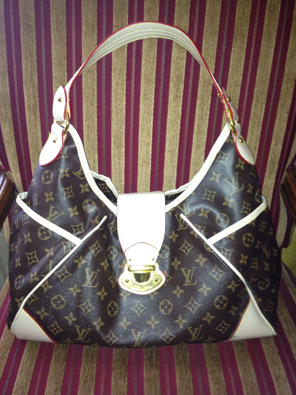 Vinyl 'Louis Vuitton' Fashion Purse