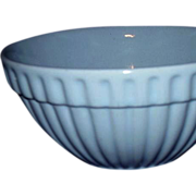 Ribbed Pottery Mixing Bowl ~ Lovely Robins Egg Blue