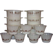 Dynaware Pyr-O-Rey Brown Daisy Custard Cups and  Casseroles - 15 pieces