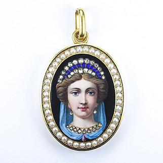 Very Fine Antique Swiss Enamel, Gold Locket, late 1800s