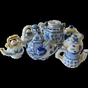 Charming-little ceramic -Doll house tea Pots